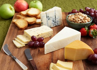 Creating a Cheese Tray : italian cheese plate - pezcame.com