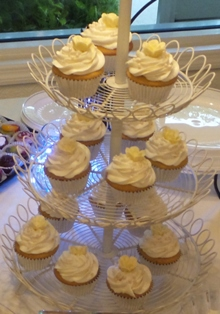Orange Creamsicle Cupcakes with Vanilla Buttercream Icing